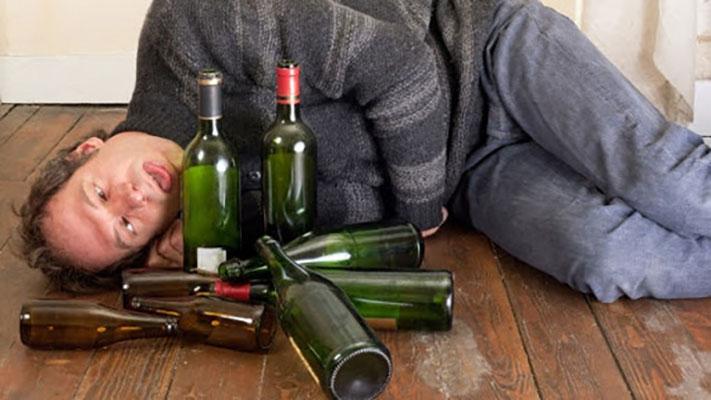 Những ảnh hưởng khi dùng rượu vang quá mức