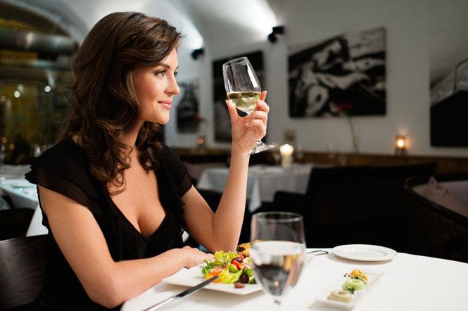 tác dụng của rượu vang đối với phụ nữ