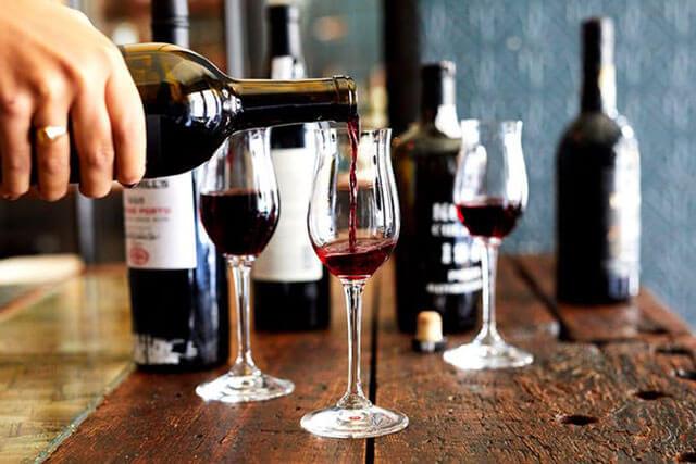 rượu vang cường hóa