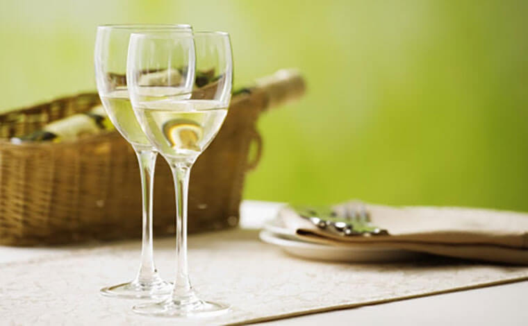 Đắm say hương vị rượu vang ngọt Pháp 1