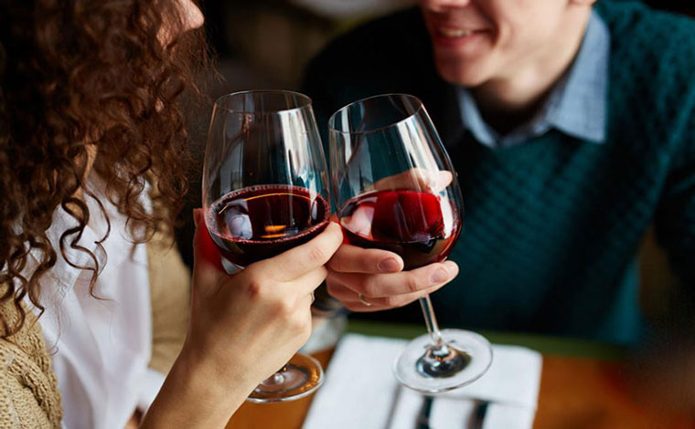 Rượu vang Pháp nổi tiếng từ vùng sản xuất hàng đầu thế giới 3