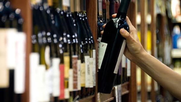 rượu vang siêu thị