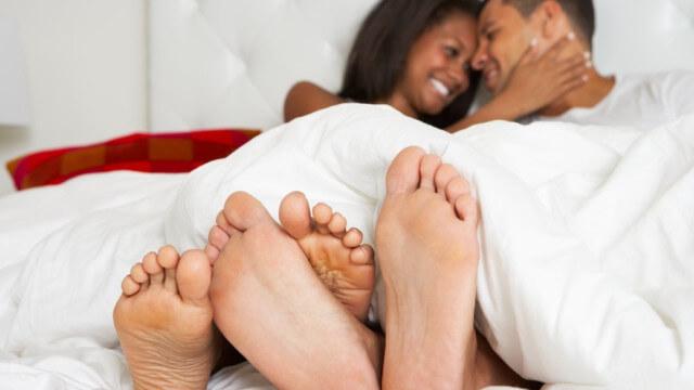 rượu vang làm tăng cường sức khỏe và trải nghiệm tình dục