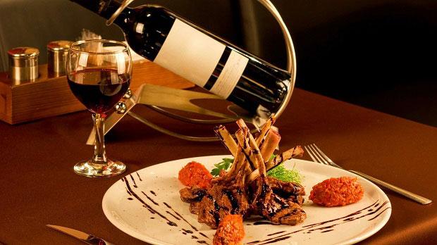 Rượu vang và thức ăn