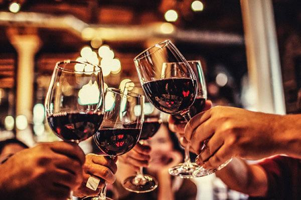 rượu vang trong dịp đặc biệt