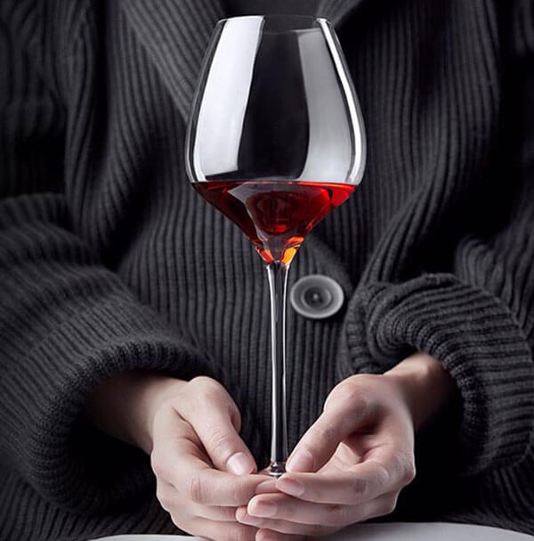 Ly vang Pinot Noir