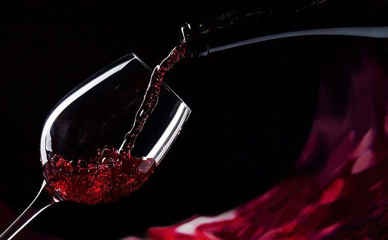 Bảng giá rượu vang Pháp theo vùng, phân hạng và nhà phân phối 5