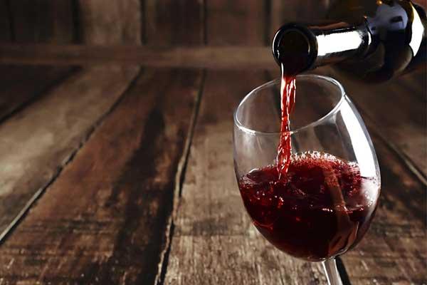 giá rượu vang đỏ chile