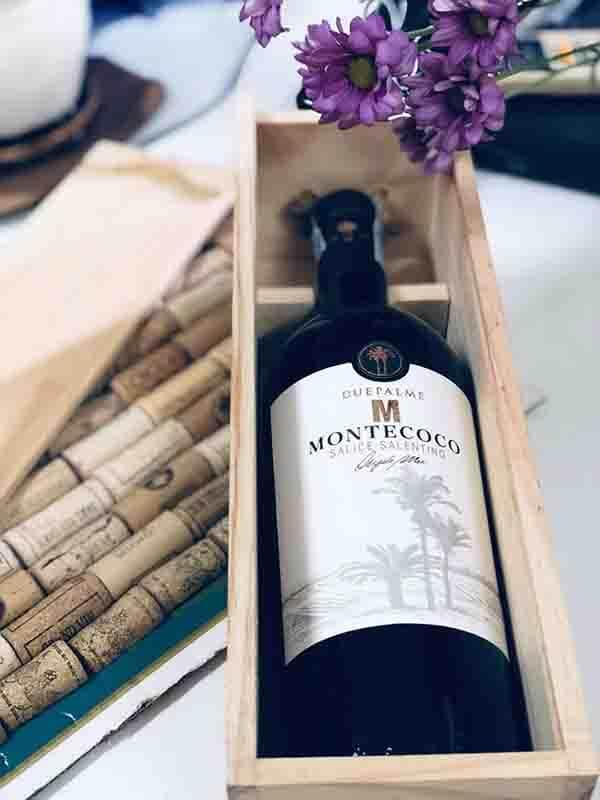 rượu vang đỏ ngon due palme montescoco