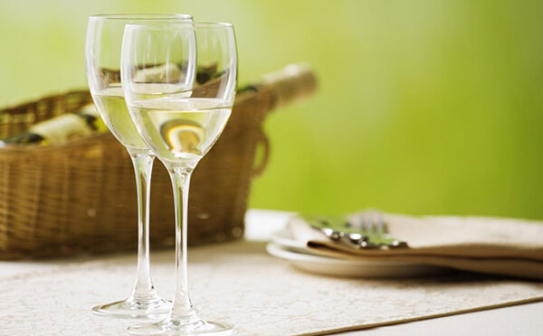 Top 7 chai rượu vang trắng Pháp ngon giới sành vang ưa thích 3