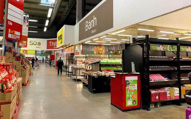 Rượu vang tại các siêu thị, cửa hàng tiện lợi