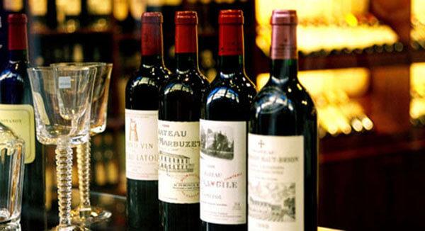 Rượu vang đỏ bordeaux